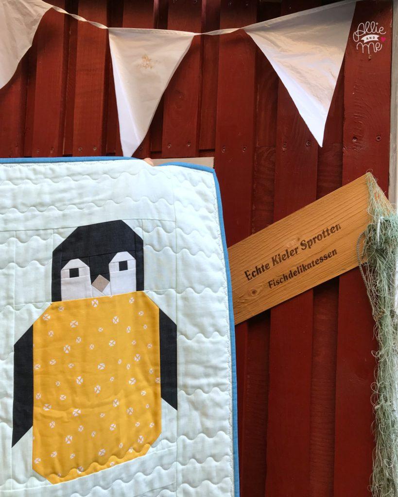 Ein Babyquilt Zwolf Pinguine Und Alle Guten Wunsche